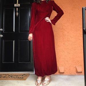 Dresses - VINTAGE 1960s red velvet dress